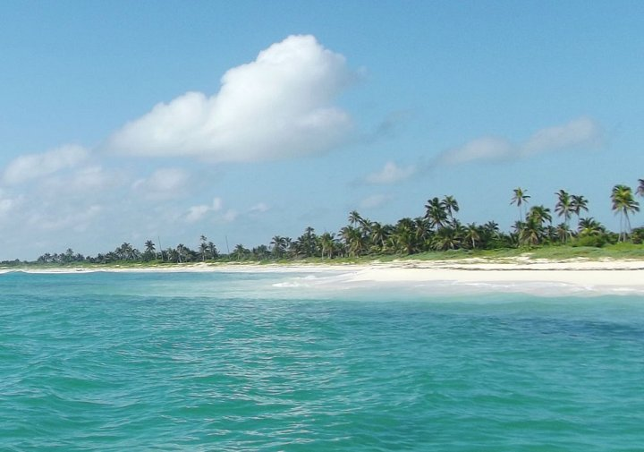 beach-at-siankaan-quintana-roo